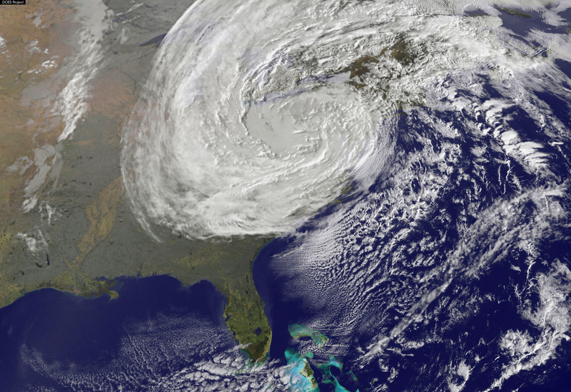 800px-superstorm_sandy_on_10-30-2012